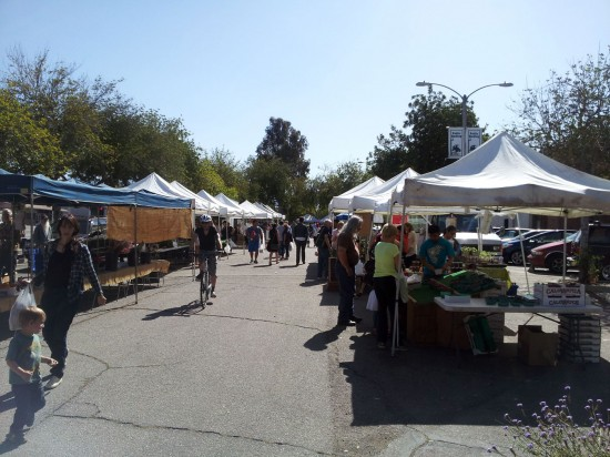 Redlands Farmers Market Every Saturday